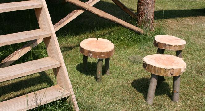 Boomstam stoelenset met tafel for Hout voor tafel